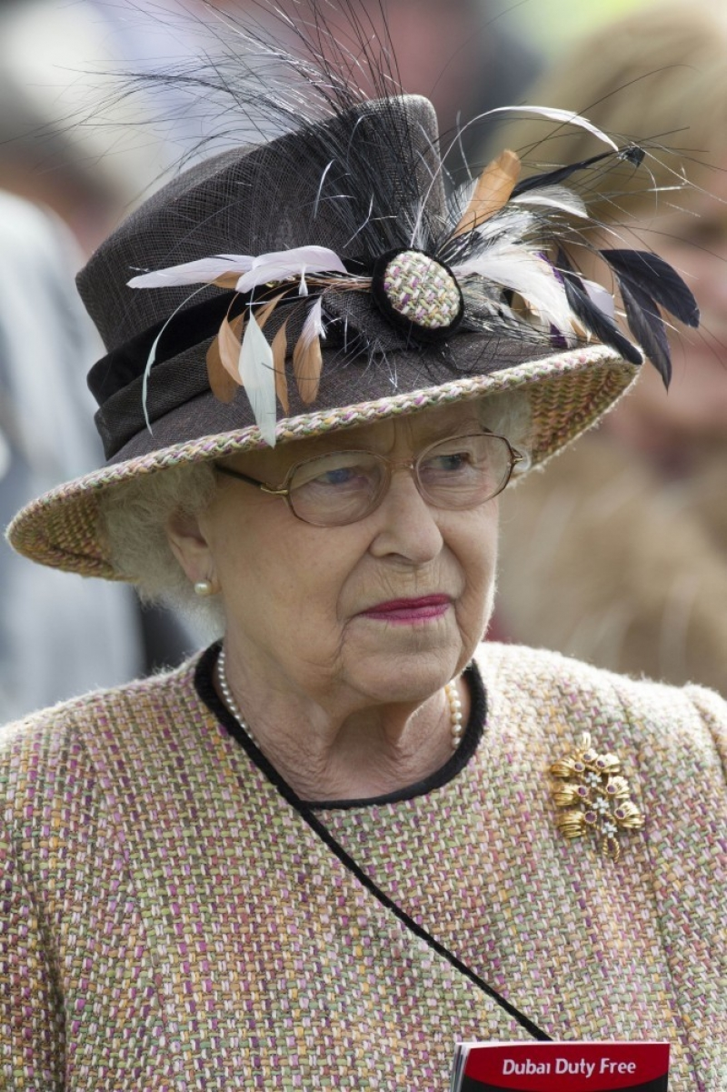 Queen Elizabeth II Wins Big at the Newbury Races 33671