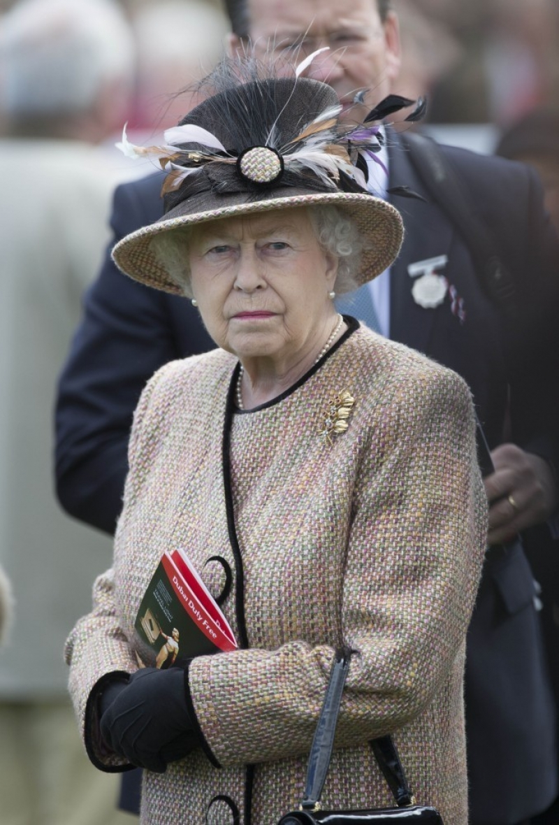 Queen Elizabeth II Wins Big at the Newbury Races 33674