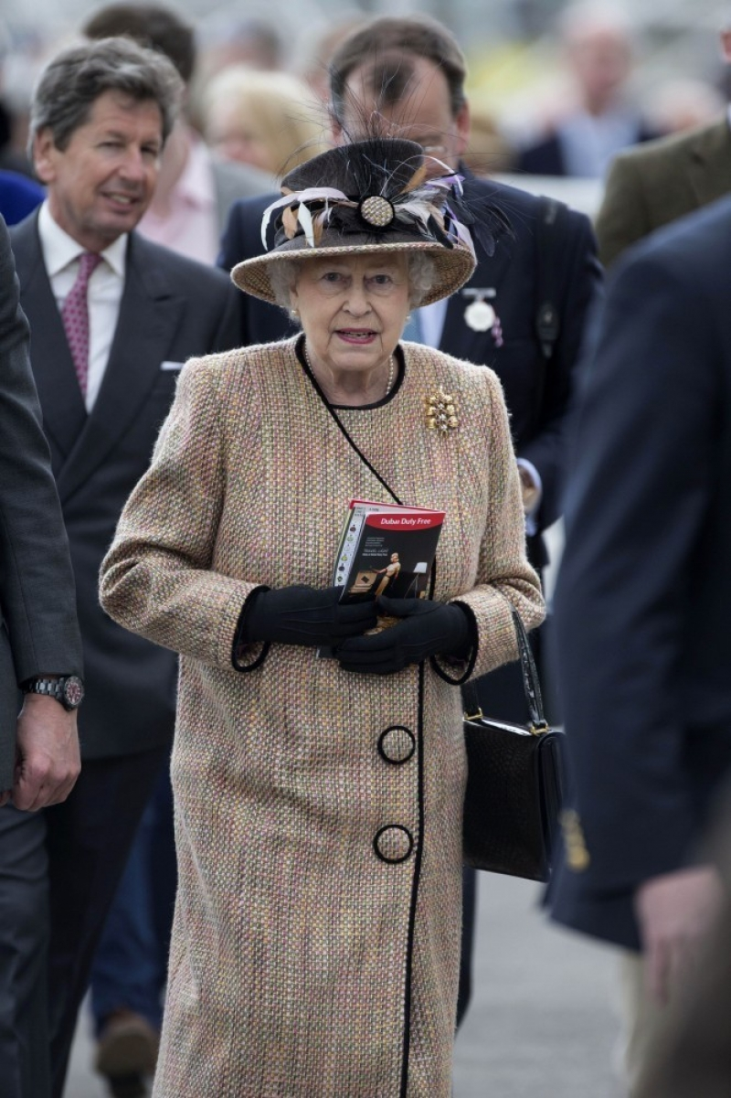 Queen Elizabeth II Wins Big at the Newbury Races 33680