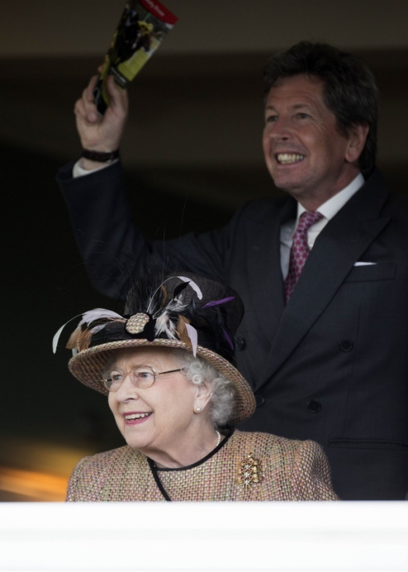 Queen Elizabeth II Wins Big at the Newbury Races 33718