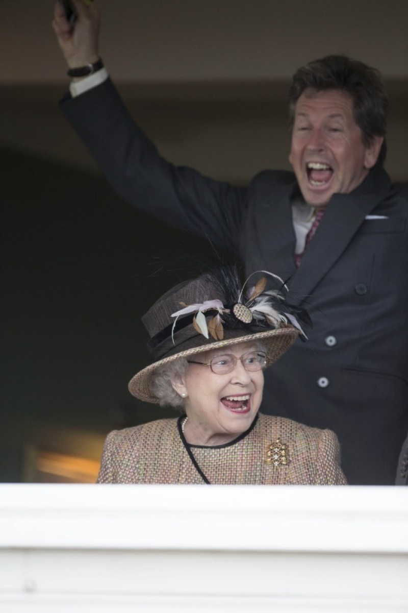 Queen Elizabeth II Wins Big at the Newbury Races 33739