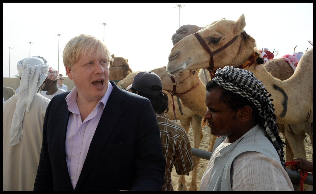 Boris Johnson Visits the Camel Races in Doha 33755