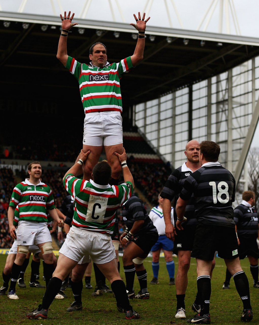 Louis Deacon's Tigers v Matt Hampson International Legends 33848