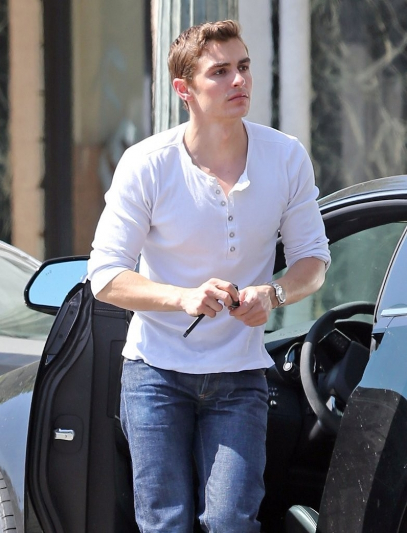 Dave Franco Shops in Hollywood 34050
