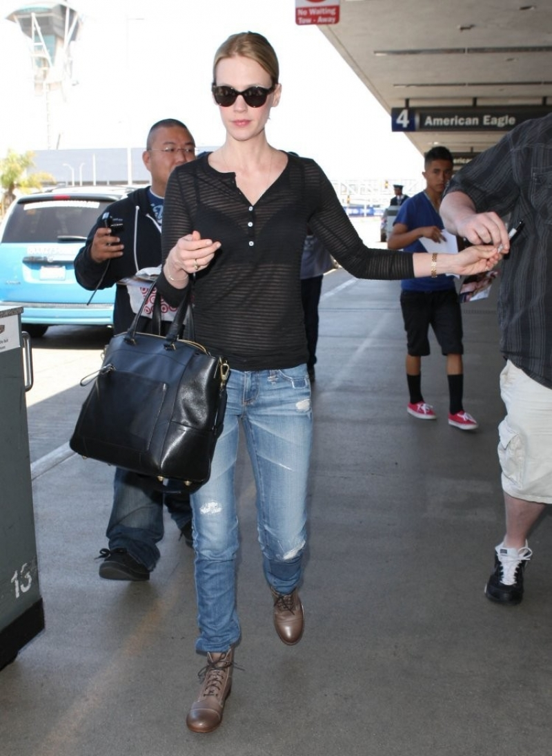 January Jones Arrives in LA 34110