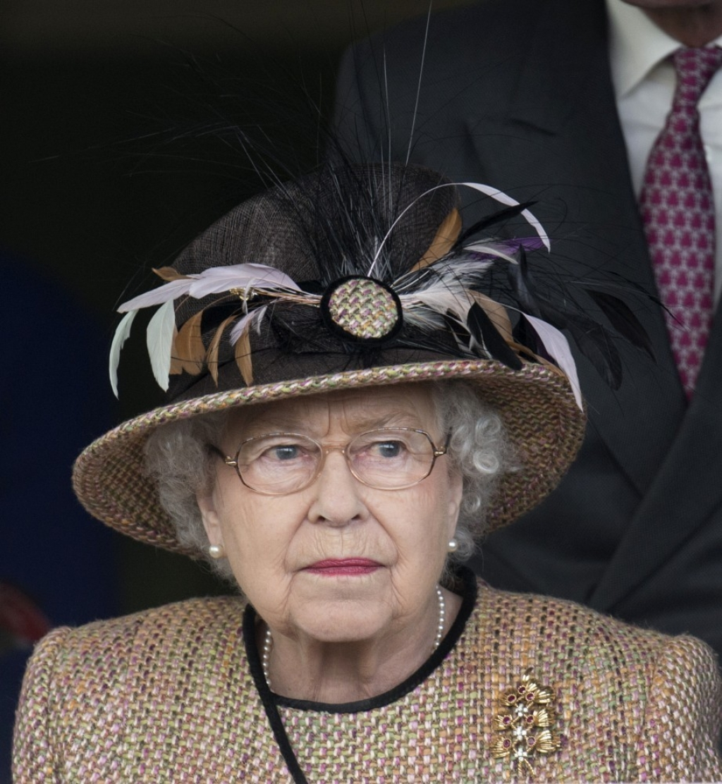 Queen Elizabeth II Wins Big at the Races 34644