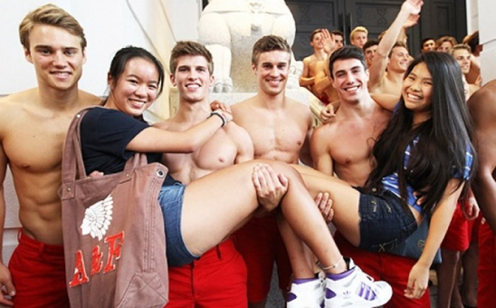 Abercrombie & Fitch CEO Mike Jeffries under fire for 'harmful' anti-plus-size policy 34906