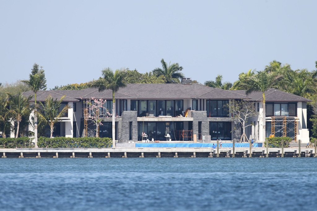Biscayne Mansion Owned by Anna Kournikova and Enrique Iglesias 35298