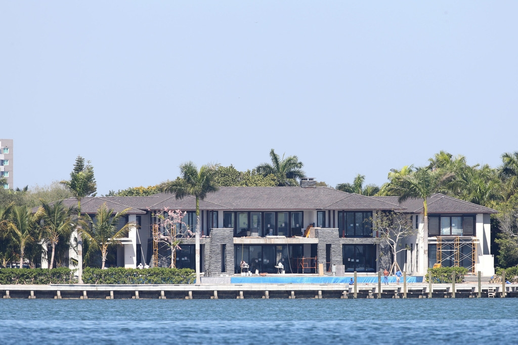 Biscayne Mansion Owned by Anna Kournikova and Enrique Iglesias 35376