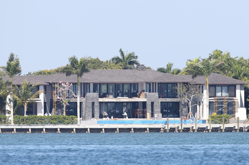 Biscayne Mansion Owned by Anna Kournikova and Enrique Iglesias 35392