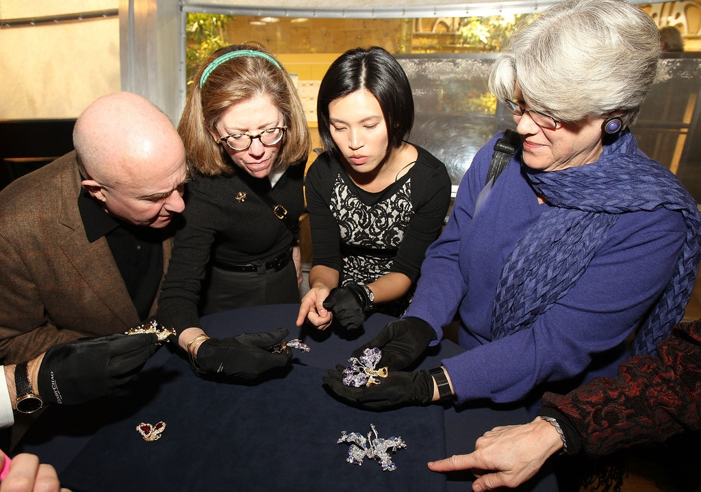 CINDY CHAO Royal Butterfly Brooch Accessioned Into The Smithsonian - Reception 35487