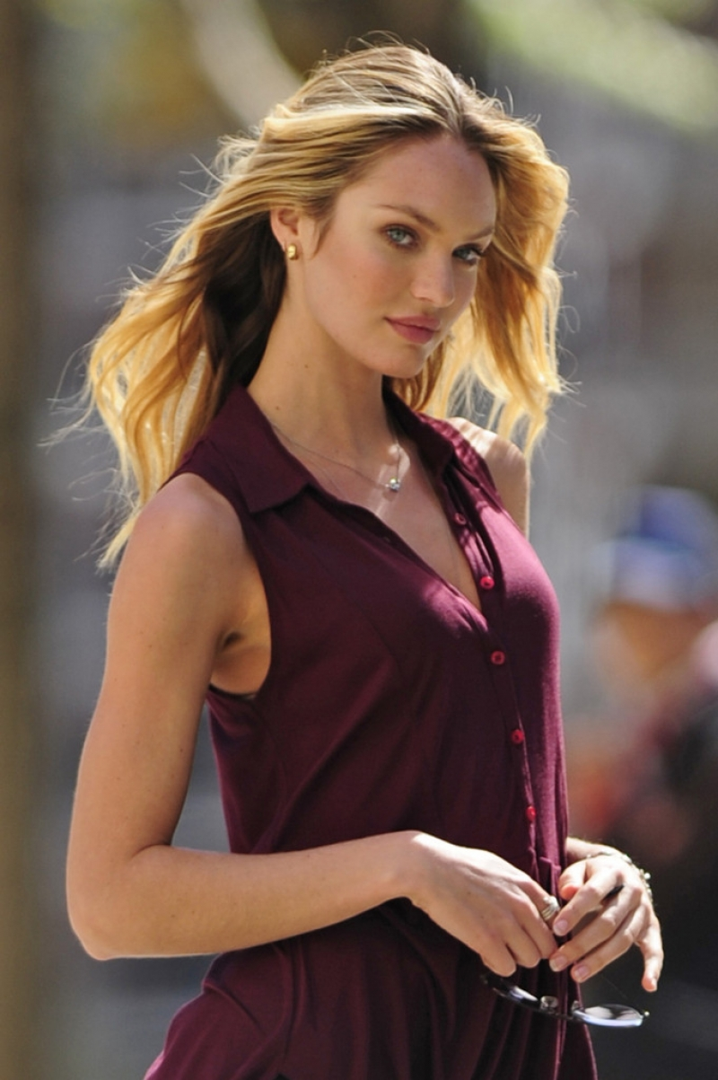 Candice Swanepoel Poses in NYC 35751