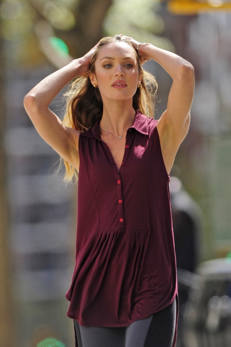Candice Swanepoel Poses in NYC 35783