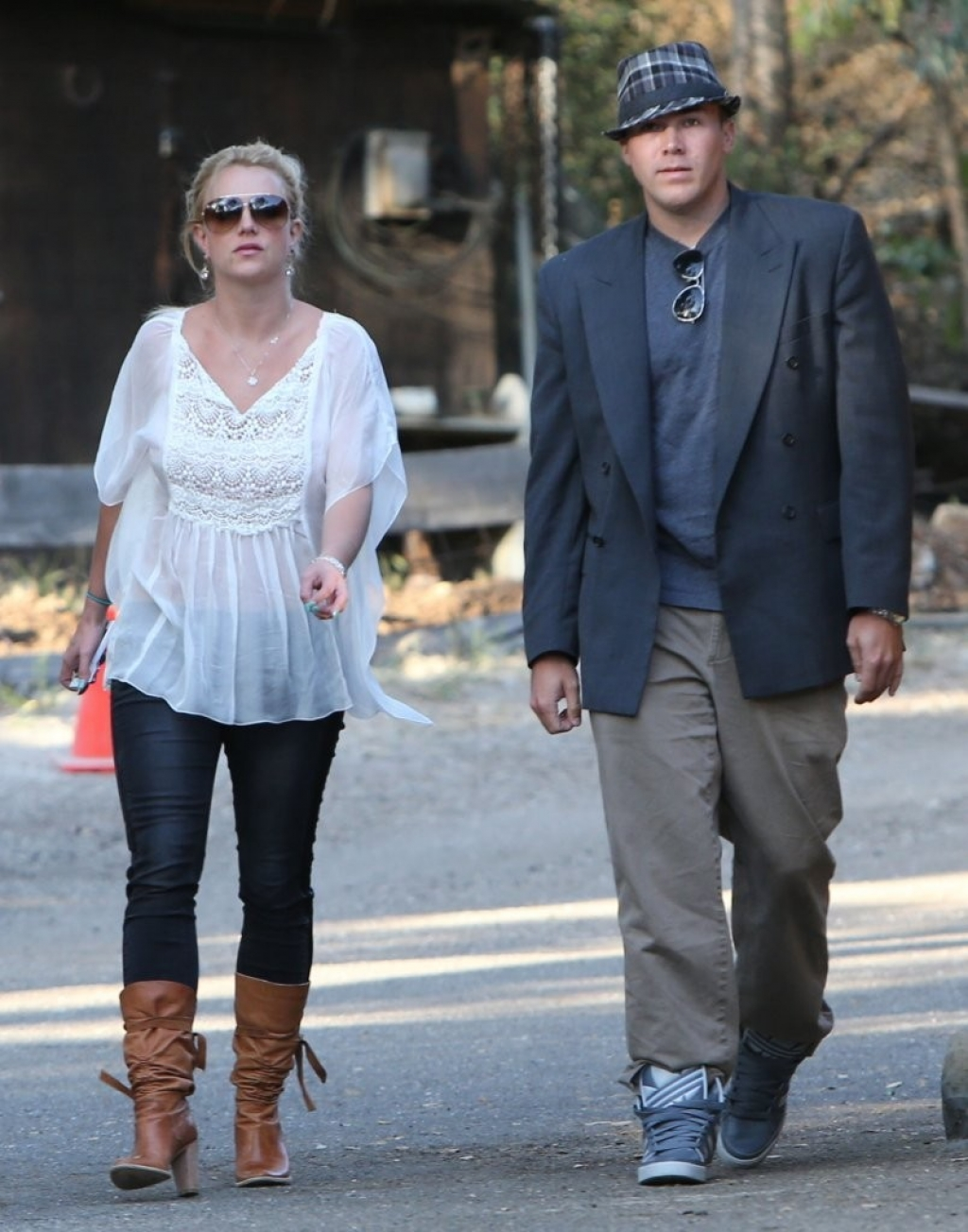 Britney Spears & David Lucado Go On A Dinner Date 36080