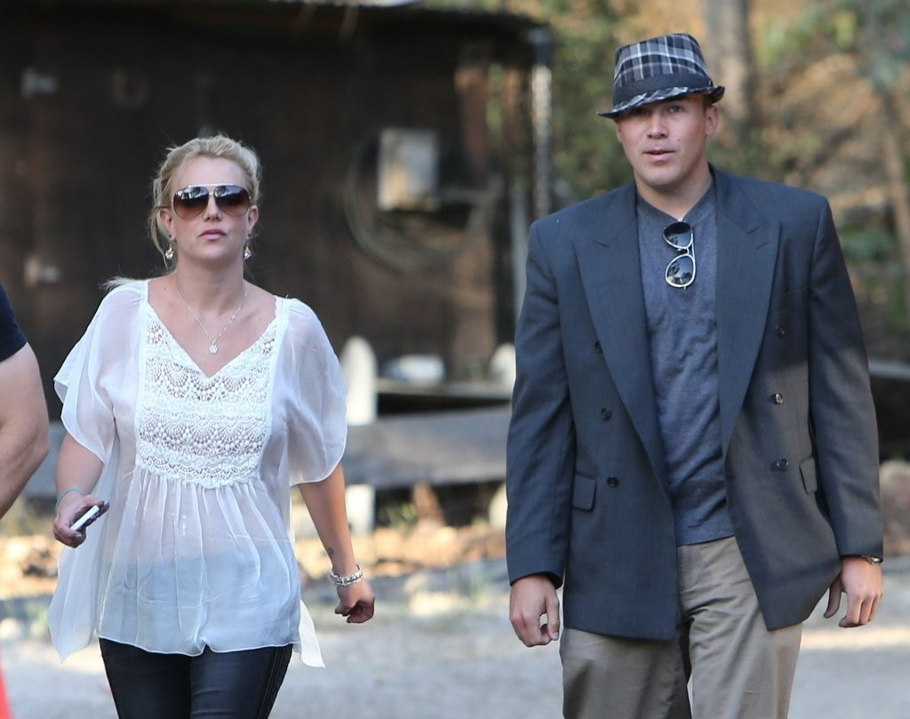 Britney Spears & David Lucado Go On A Dinner Date 36091
