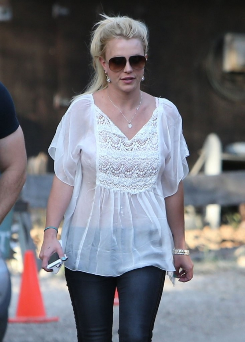 Britney Spears & David Lucado Go On A Dinner Date 36122