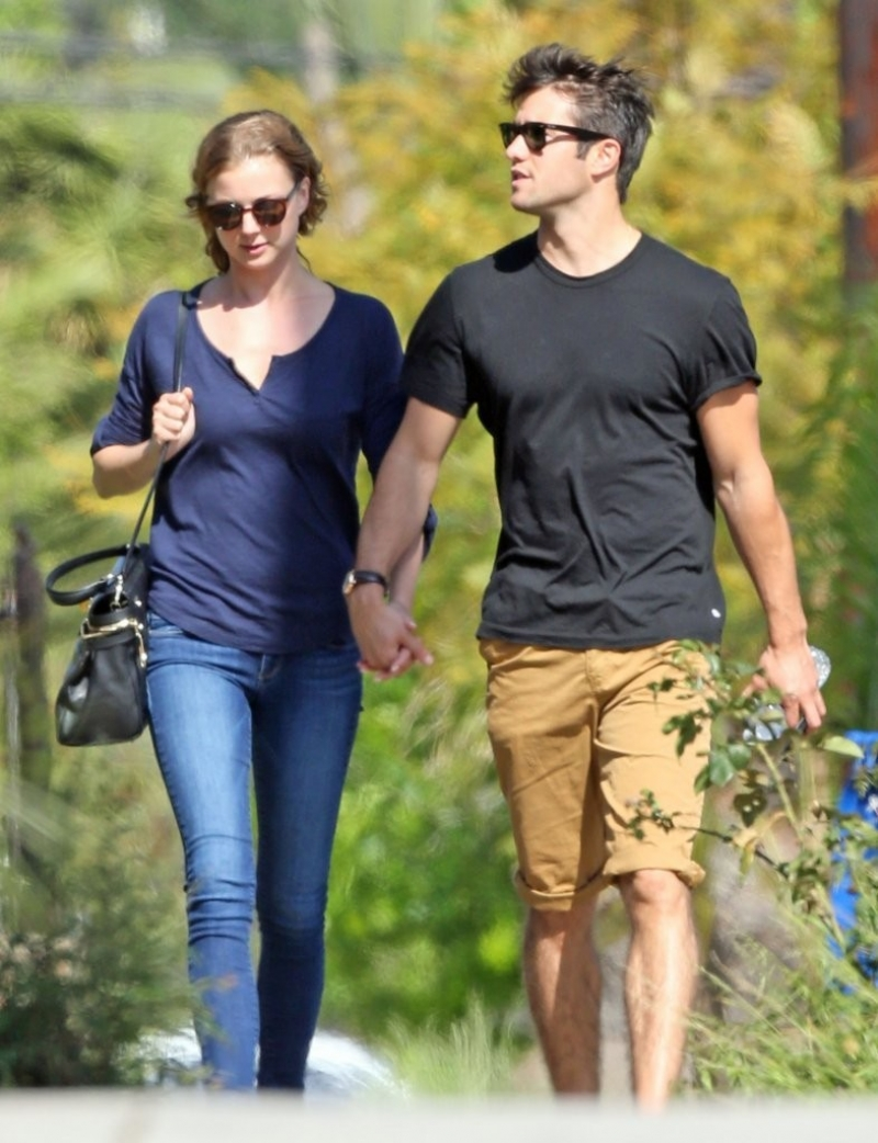 Emily Van Camp & Josh Bowman Lunch Together  36181