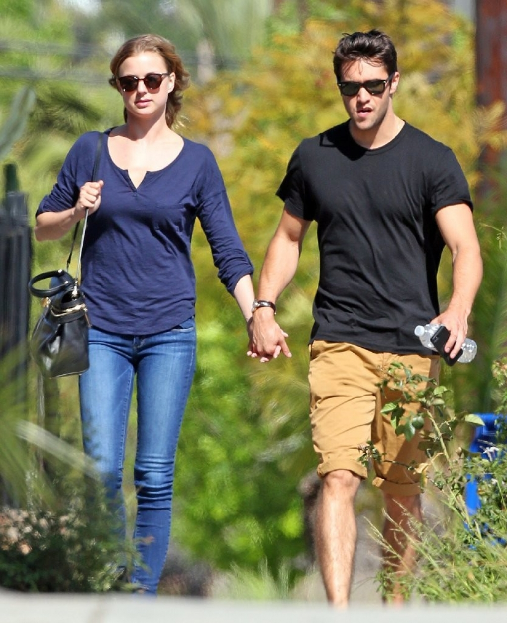Emily Van Camp & Josh Bowman Lunch Together  36199
