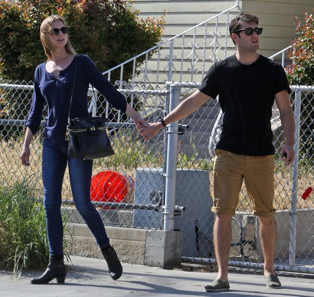 Emily Van Camp & Josh Bowman Lunch Together  36264