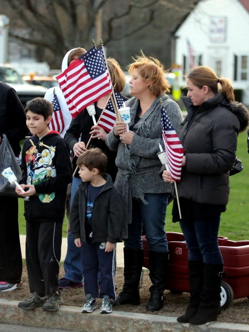 Slain MIT Patrol Officer Sean Collier Comes Home 36369