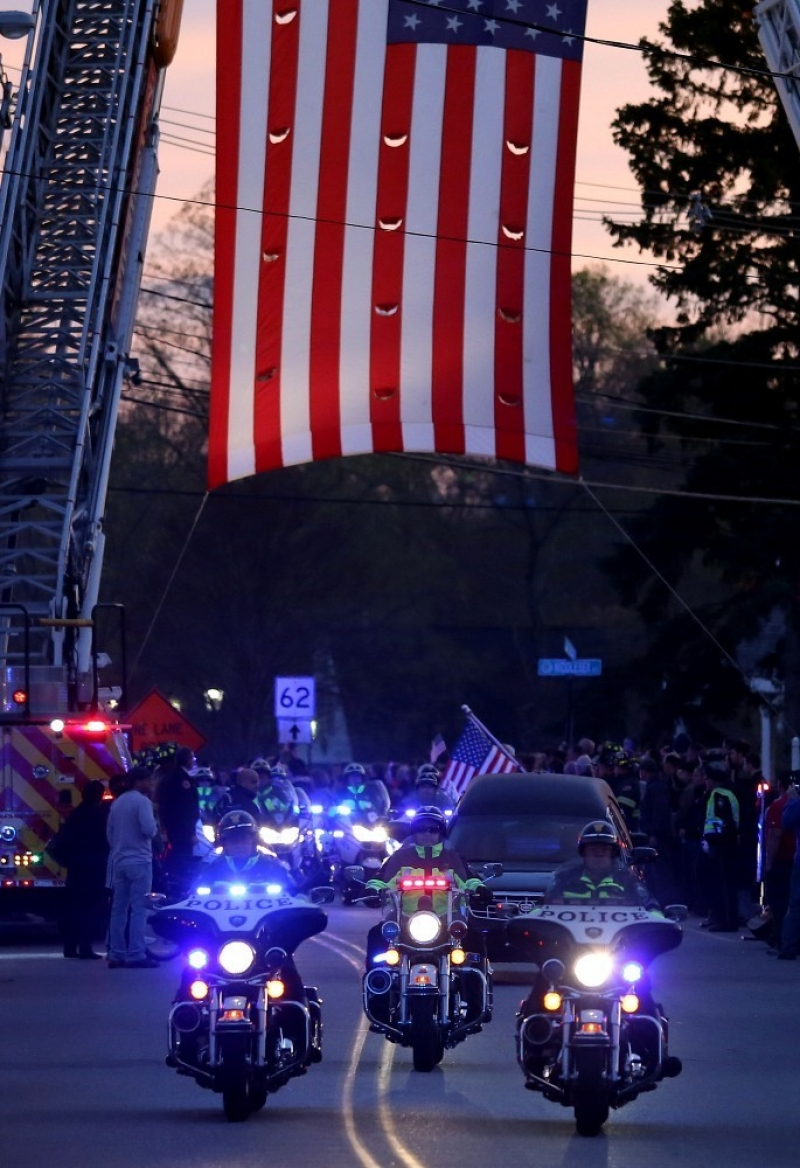Slain MIT Patrol Officer Sean Collier Comes Home 36380
