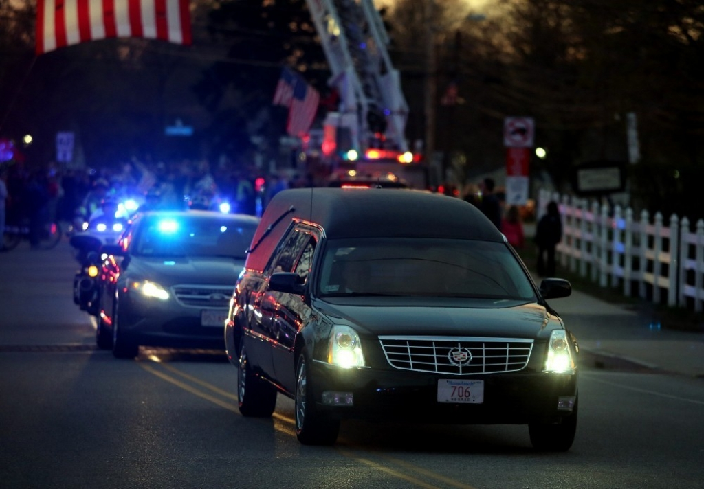 Slain MIT Patrol Officer Sean Collier Comes Home 36397