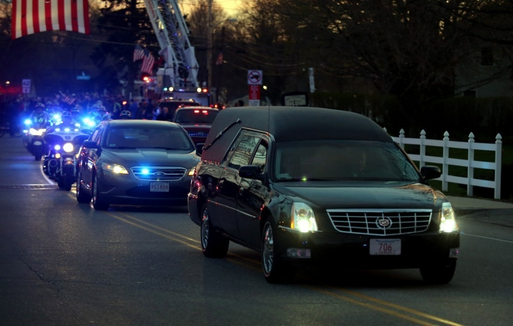 Slain MIT Patrol Officer Sean Collier Comes Home 36401