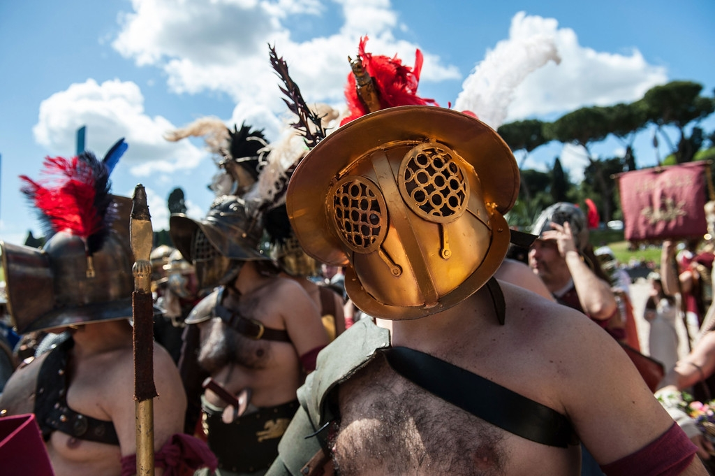 Romans Celebrate the 2,766th Anniversary of Their City 37333