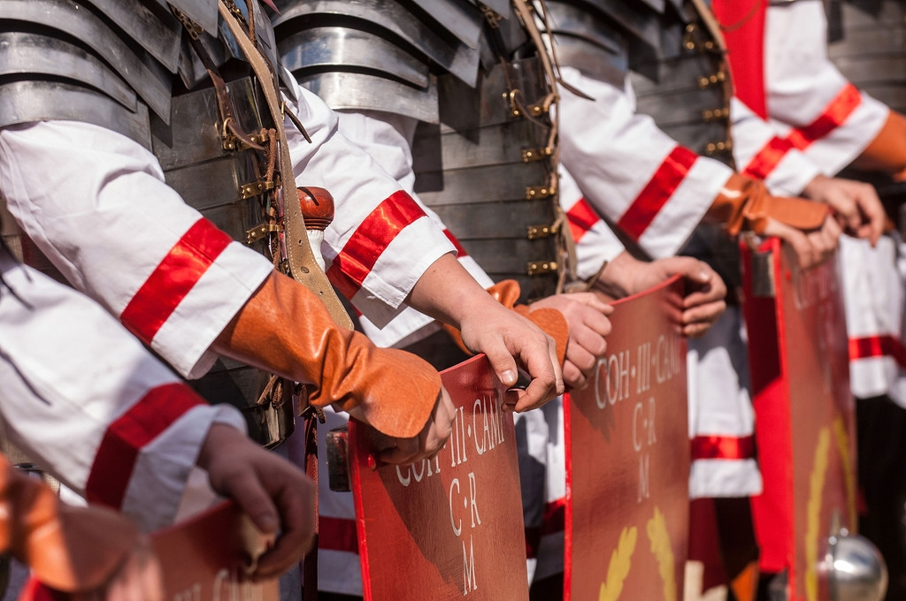 Romans Celebrate the 2,766th Anniversary of Their City 37364