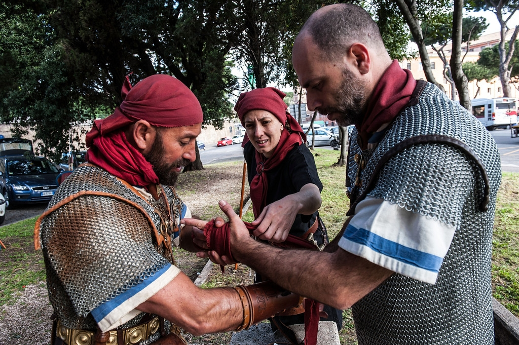 Romans Celebrate the 2,766th Anniversary of Their City 37565