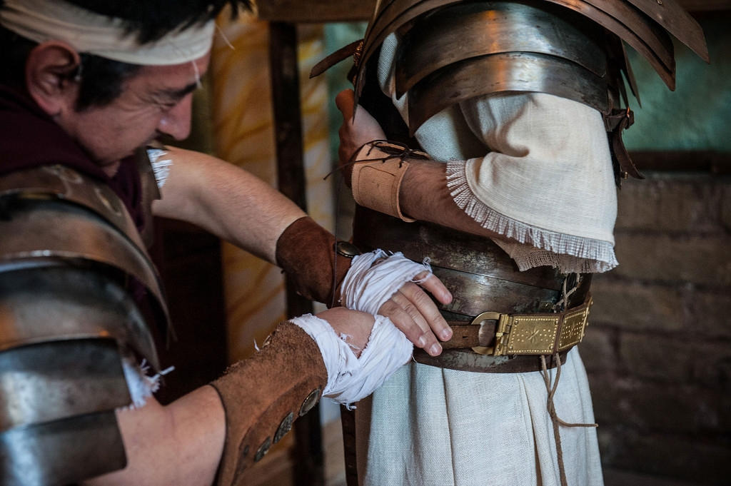 Romans Celebrate the 2,766th Anniversary of Their City 37602