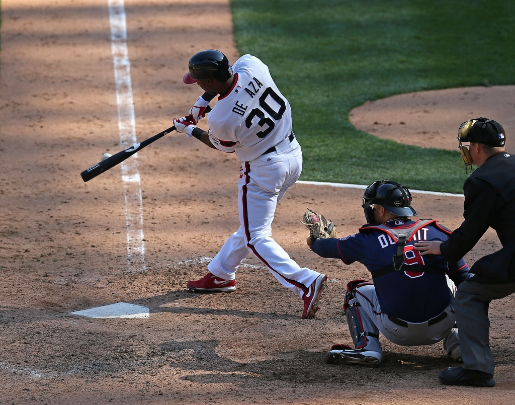 Minnesota Twins v Chicago White Sox 38140