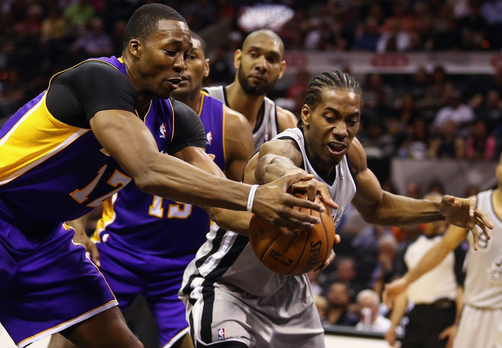 Los Angeles Lakers v San Antonio Spurs  38605