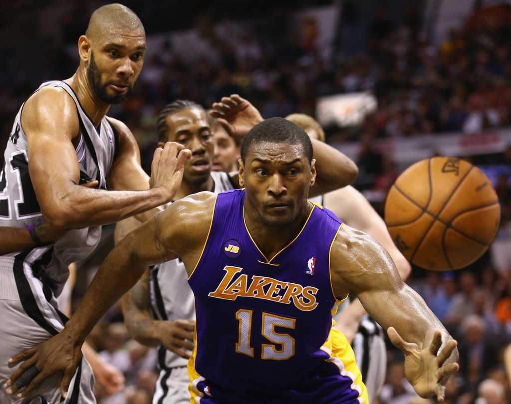 Los Angeles Lakers v San Antonio Spurs  38855