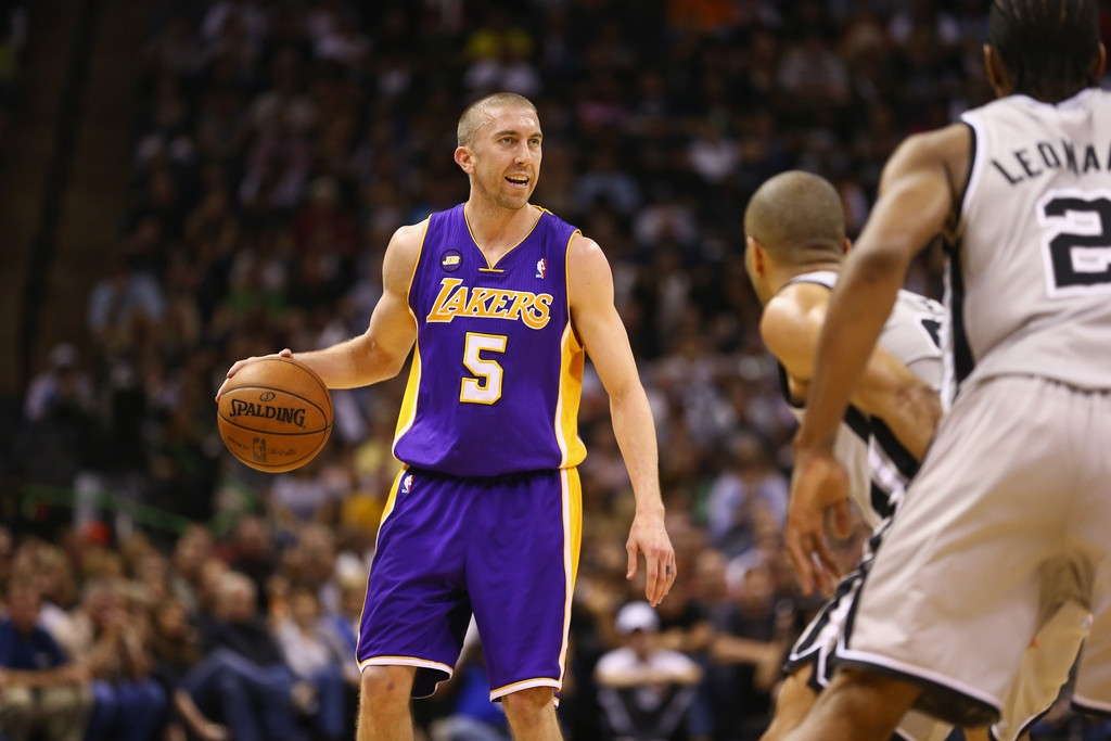 Los Angeles Lakers v San Antonio Spurs  38920