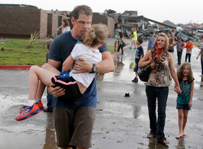 a tornado destroyed the school in south Oklahoma City on Monday 40186