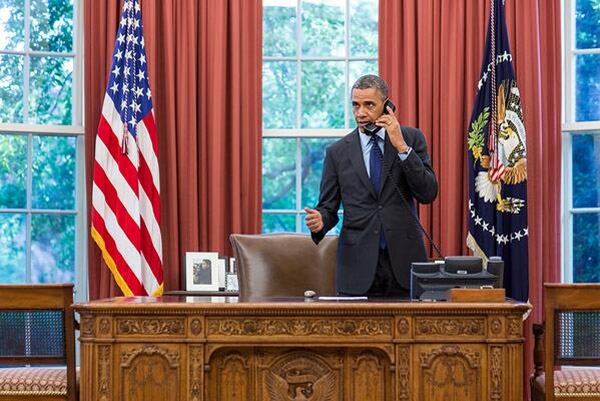 This evening President Obama spoke with Oklahoma Governor Mary Fallin. 40213