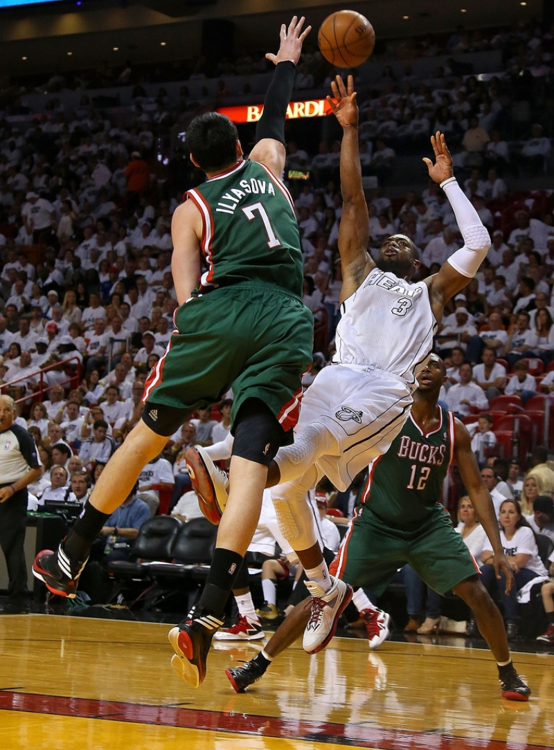 Milwaukee Bucks v Miami Heat  40319