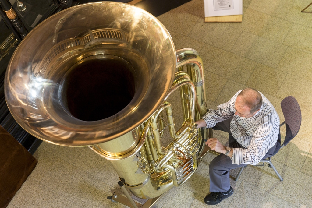 World's Largest Functional Tuba 40340