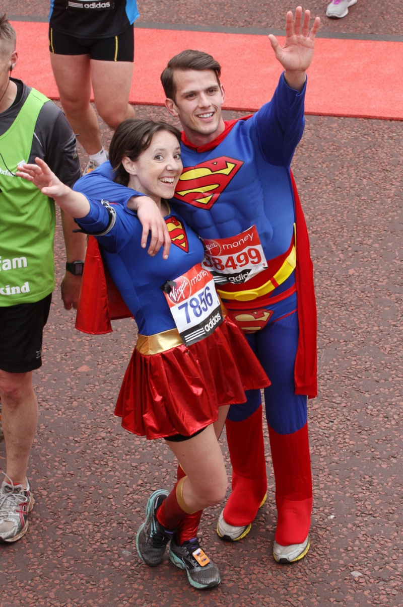 London Marathon Participants Dress Up for the Race 41014
