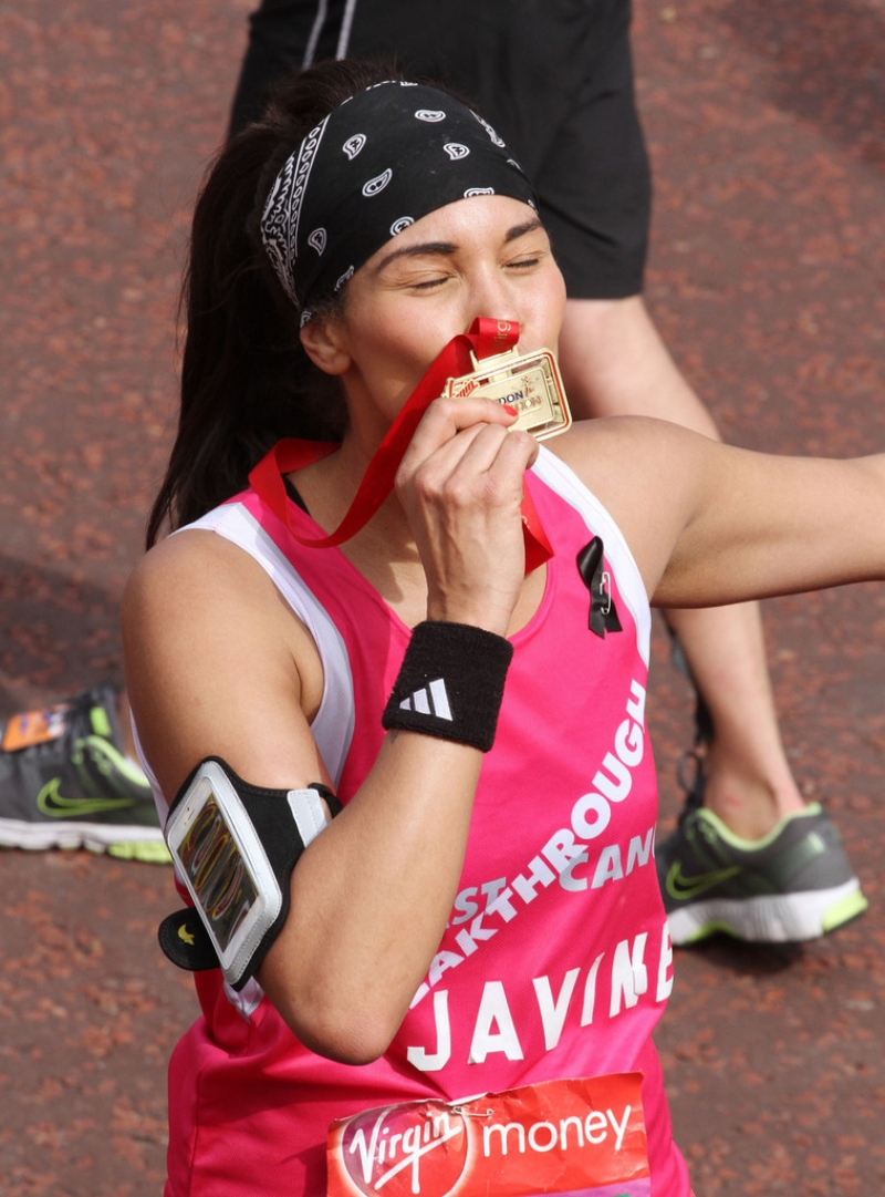 London Marathon Participants Dress Up for the Race 41063