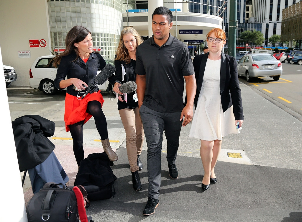 Julian Savea Arrives for Her Court Hearing 41205