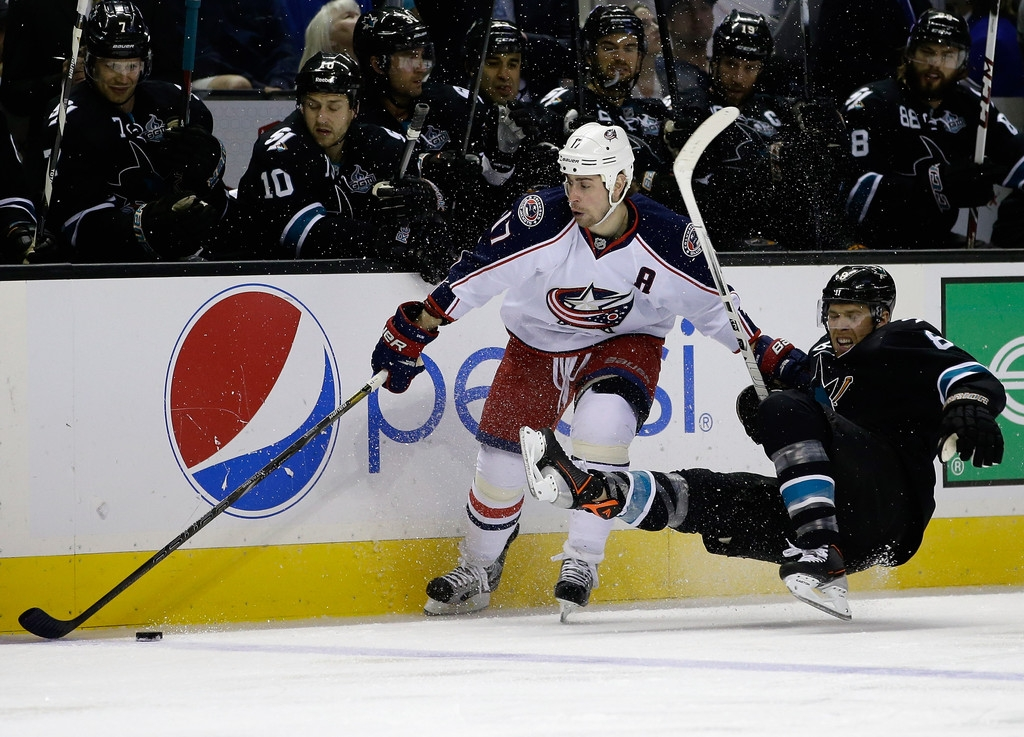 Columbus Blue Jackets v San Jose Sharks 41411