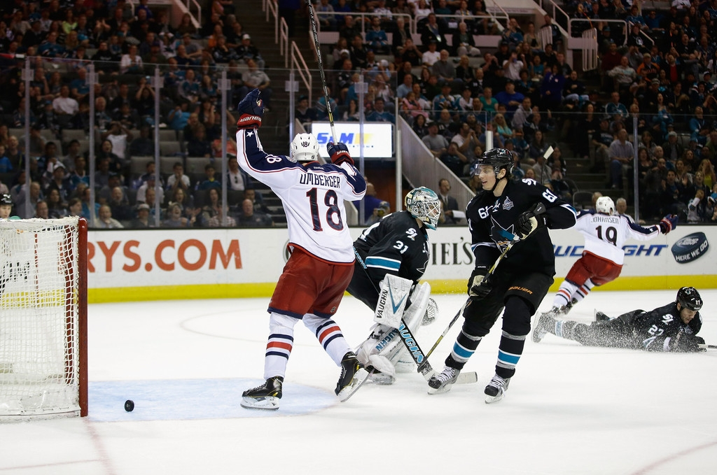 Columbus Blue Jackets v San Jose Sharks 41478