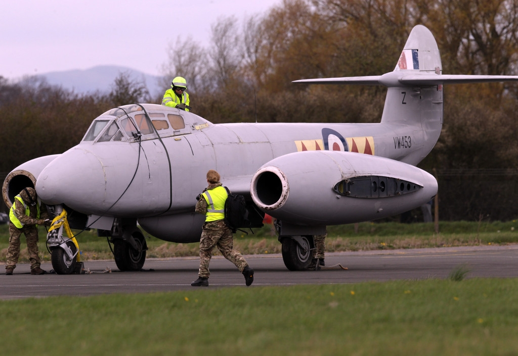 RAF Deliver Meteor Jet to the Jet Age Museum 42470