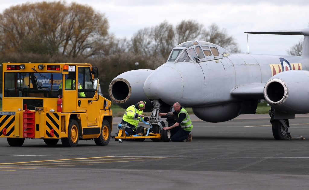 RAF Deliver Meteor Jet to the Jet Age Museum 42494