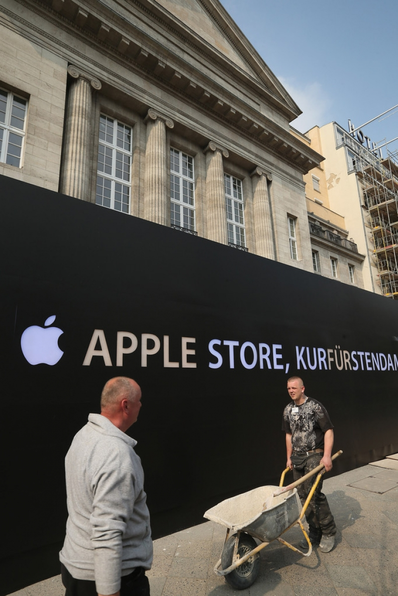Apple Prepares to Open a Store in Berlin 42521