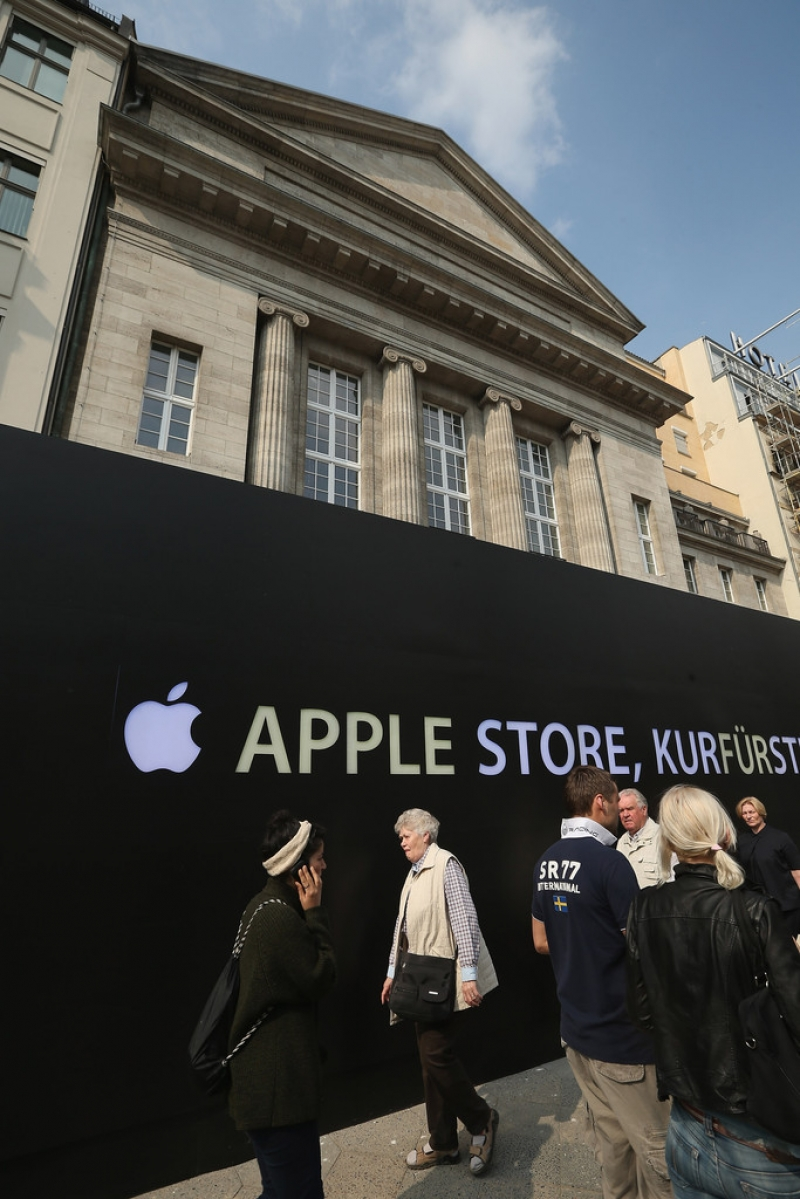 Apple Prepares to Open a Store in Berlin 42545