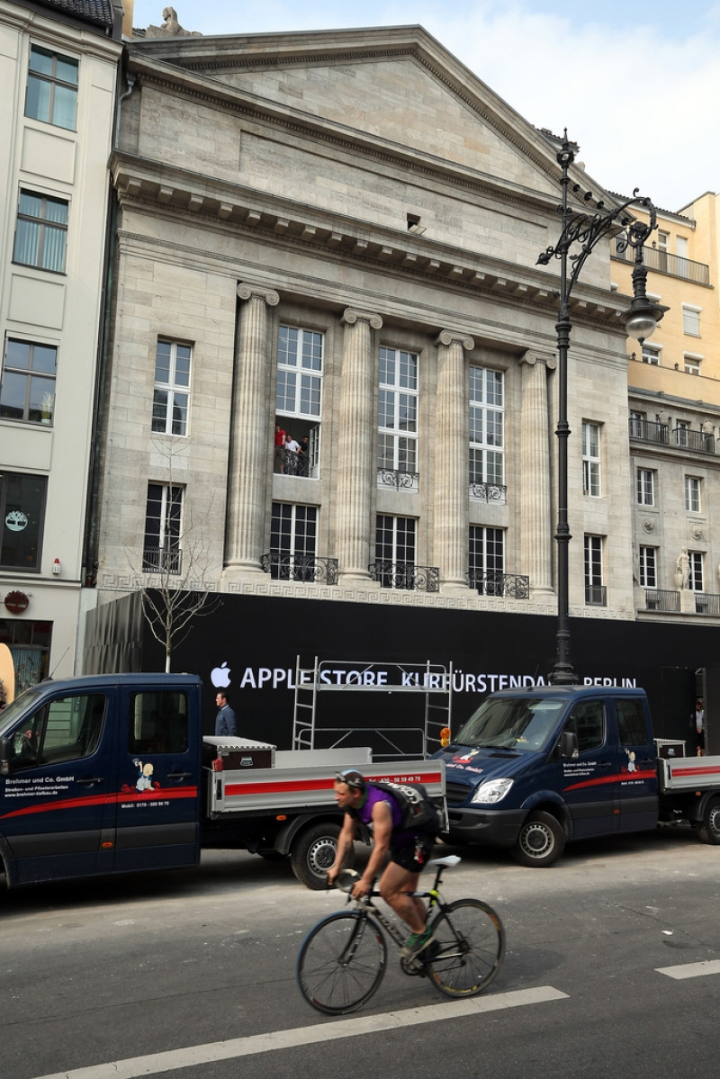 Apple Prepares to Open a Store in Berlin 42599