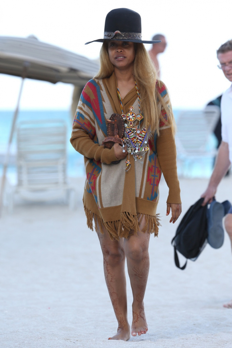 Erykah Badu Hits the Beach 42608